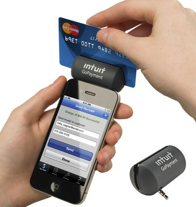 credit card swiper for iphone intuit gopayment introduces credit card reader for ios 16844