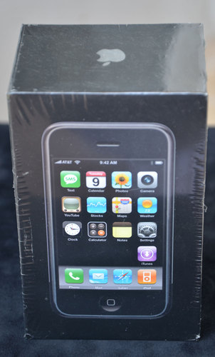 Unopened First Generation Iphone Hits Ebay For 10 000 Iphone In Canada Blog