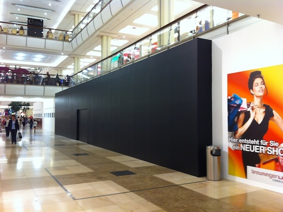 apple store in germany grand opening hints at iphone launch date iphone in canada blog. Black Bedroom Furniture Sets. Home Design Ideas