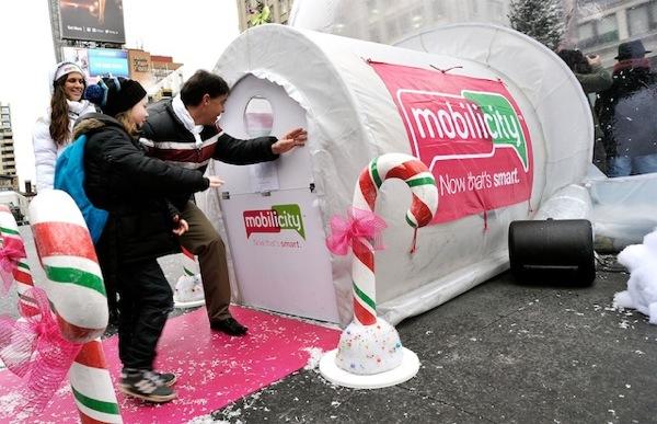 mobilicity snow globe