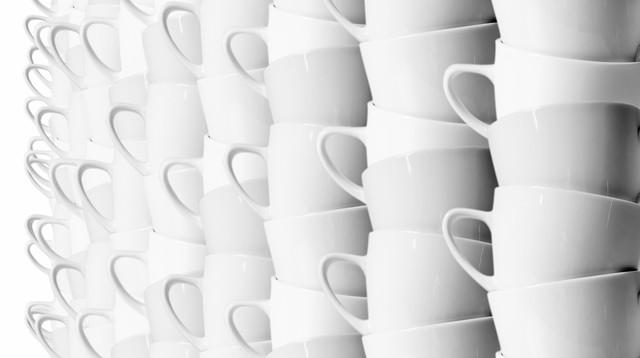 3006147 poster 1280 starbucks still receives orders 4000 lattes