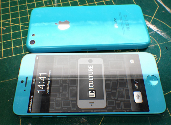 4.5-inch low-cost iPhone