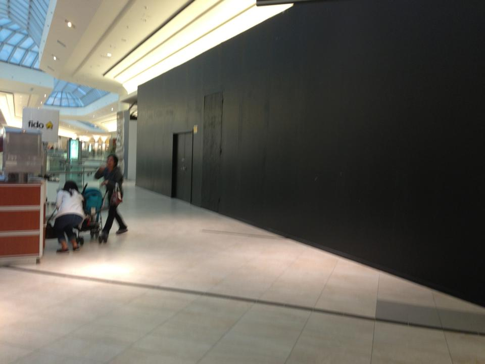 apple store markham inside