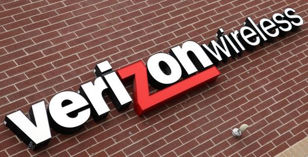 Verizon CEO Responds to Tax Critic Nader in Letter to PM Harper