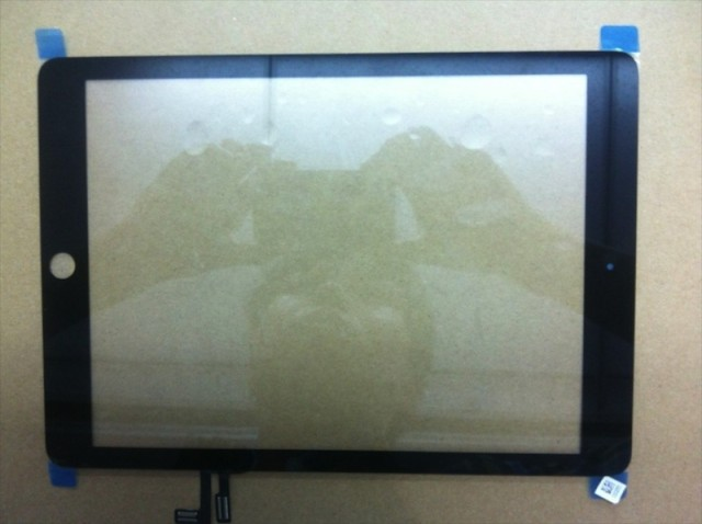 Alleged Black iPad 5 Front Panel and Digitizer Leaked [PICS]