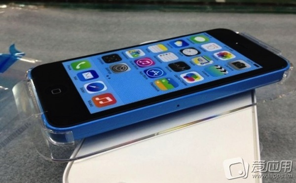 Iphone 5c blue packaging