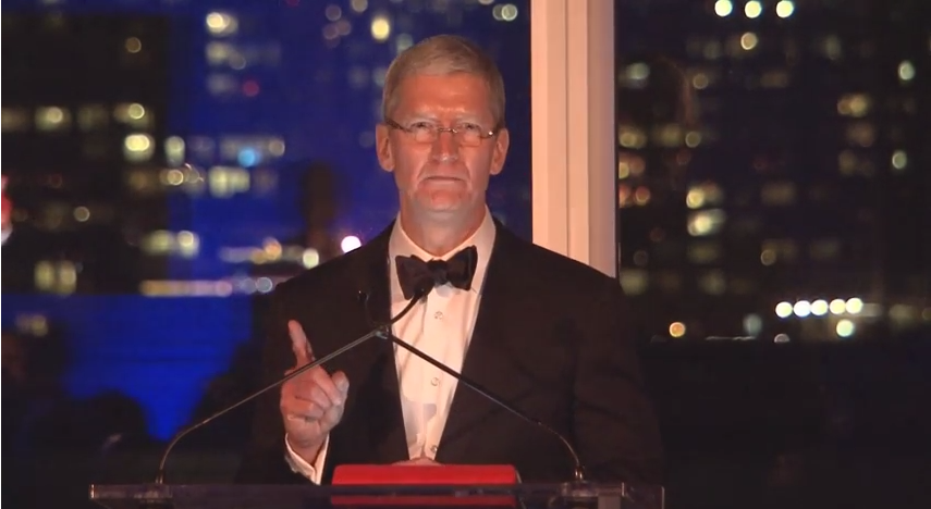 Tim_Cook_Auburn_Award_New_York