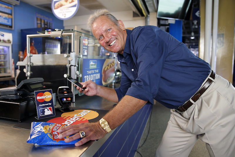 George Brett Apple Pay