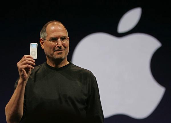 steve-jobs-ipod.jpg
