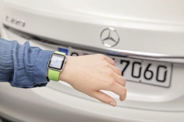 Imercedes-benz-apple-watch-2.jpg