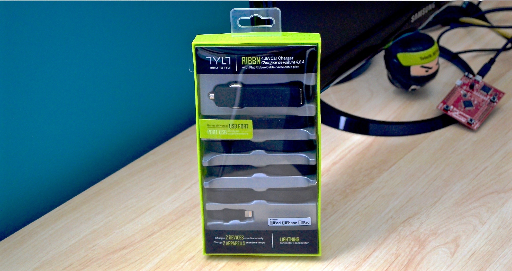 TYLT_RIBBN_Car_Charger_9