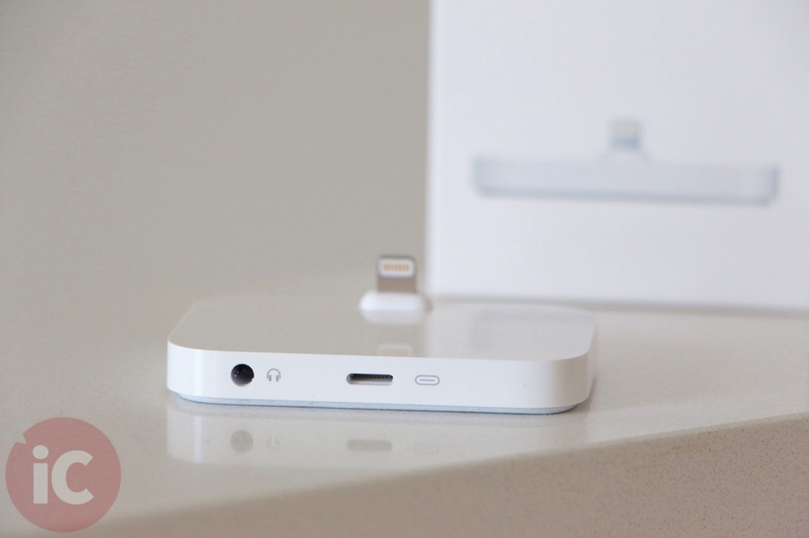 Apple iphone 6 dock  2