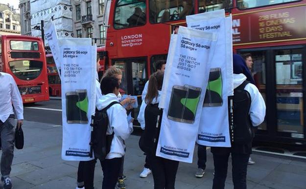 Samsung Trolls Apple's iPhone 6s Launch in London