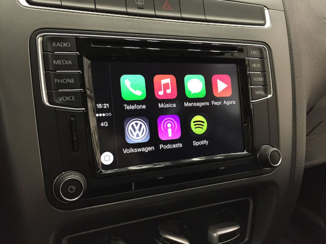 Volkswagen-Apple-CarPlay