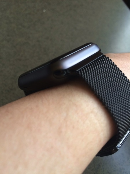 Space black milanese loop sport