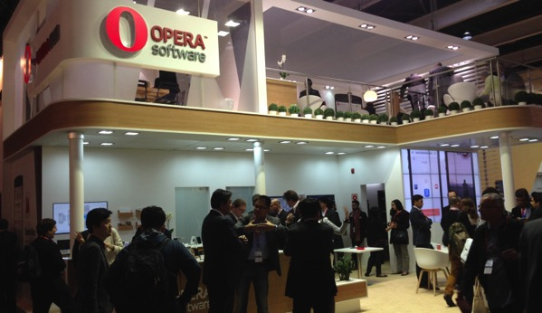 Opera software stand