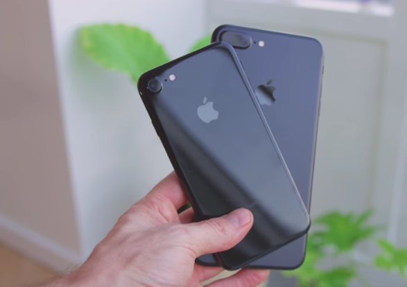 Here S Another Iphone 7 7 Plus Unboxing In 4k Jet Black Vs Black