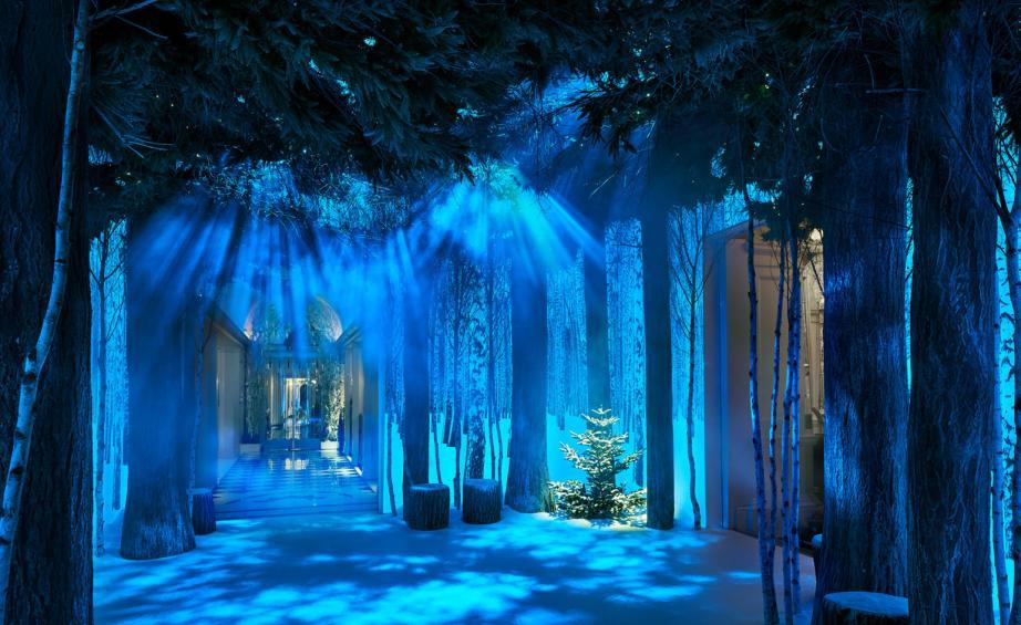 claridges_christmas_ive_newson