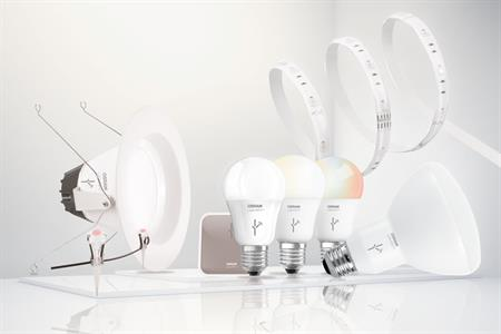 US LIGHTIFY Family cropped 7045a786 a1b6 4d19 bd70 89c841b1a33a 450x300