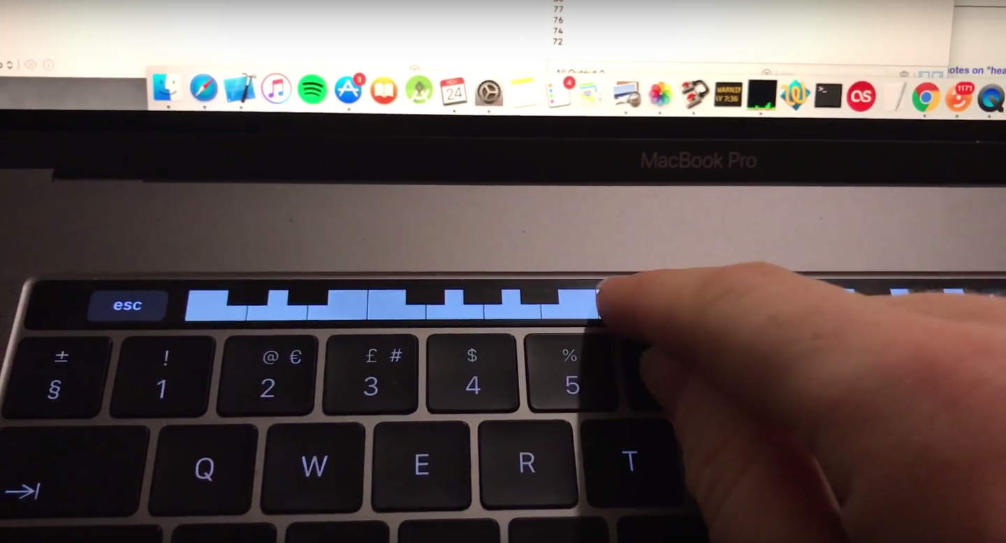 Developer Creates Tiny Piano App for the New MacBook Pro's Touch Bar
