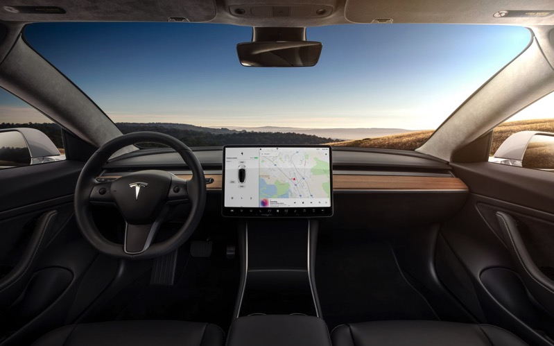 Model 3 dashboard head on view1