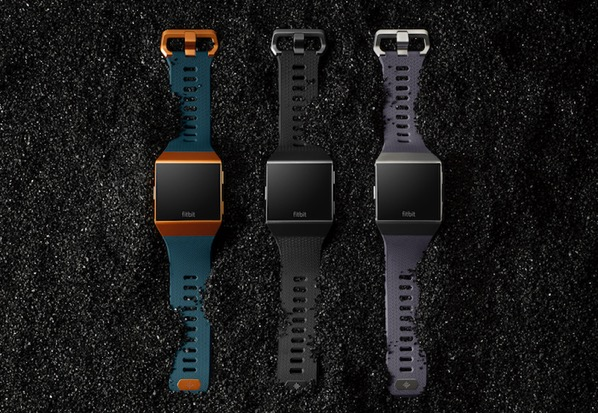 1 Fitbit Ionic Core Family Shot11