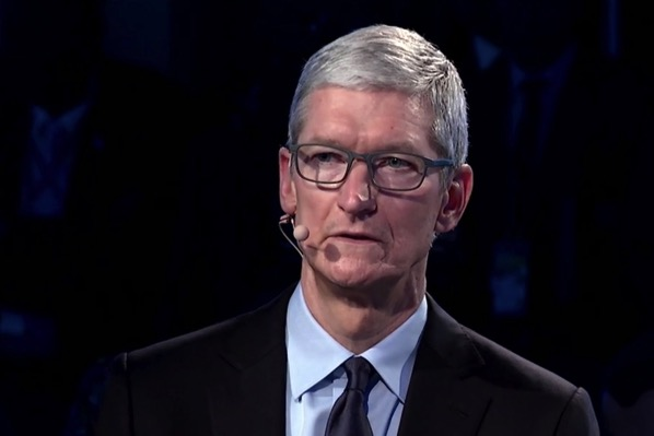 Tim cook bloomberg 0