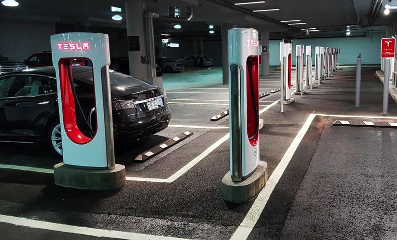 Tesla supercharger quebec 2