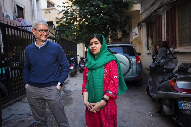 Tim cook malala yousafazi press