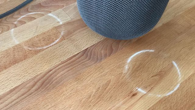 Apple accepts HomePod leaves white rings on wooden furniture