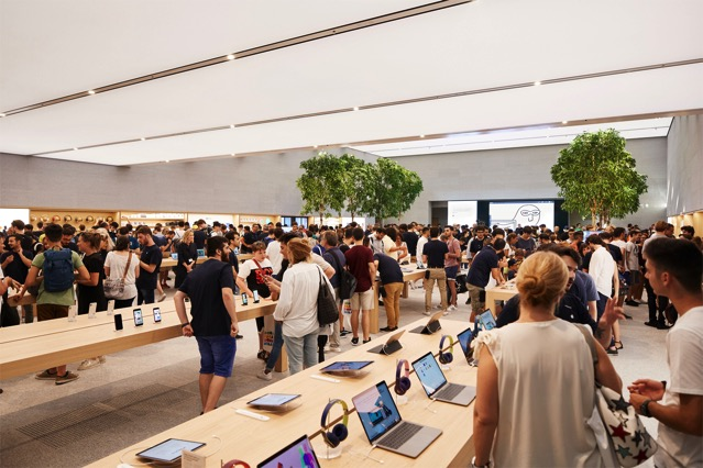 Apple milan piazza liberty indoor retail layout 07262018 big jpg large 2x