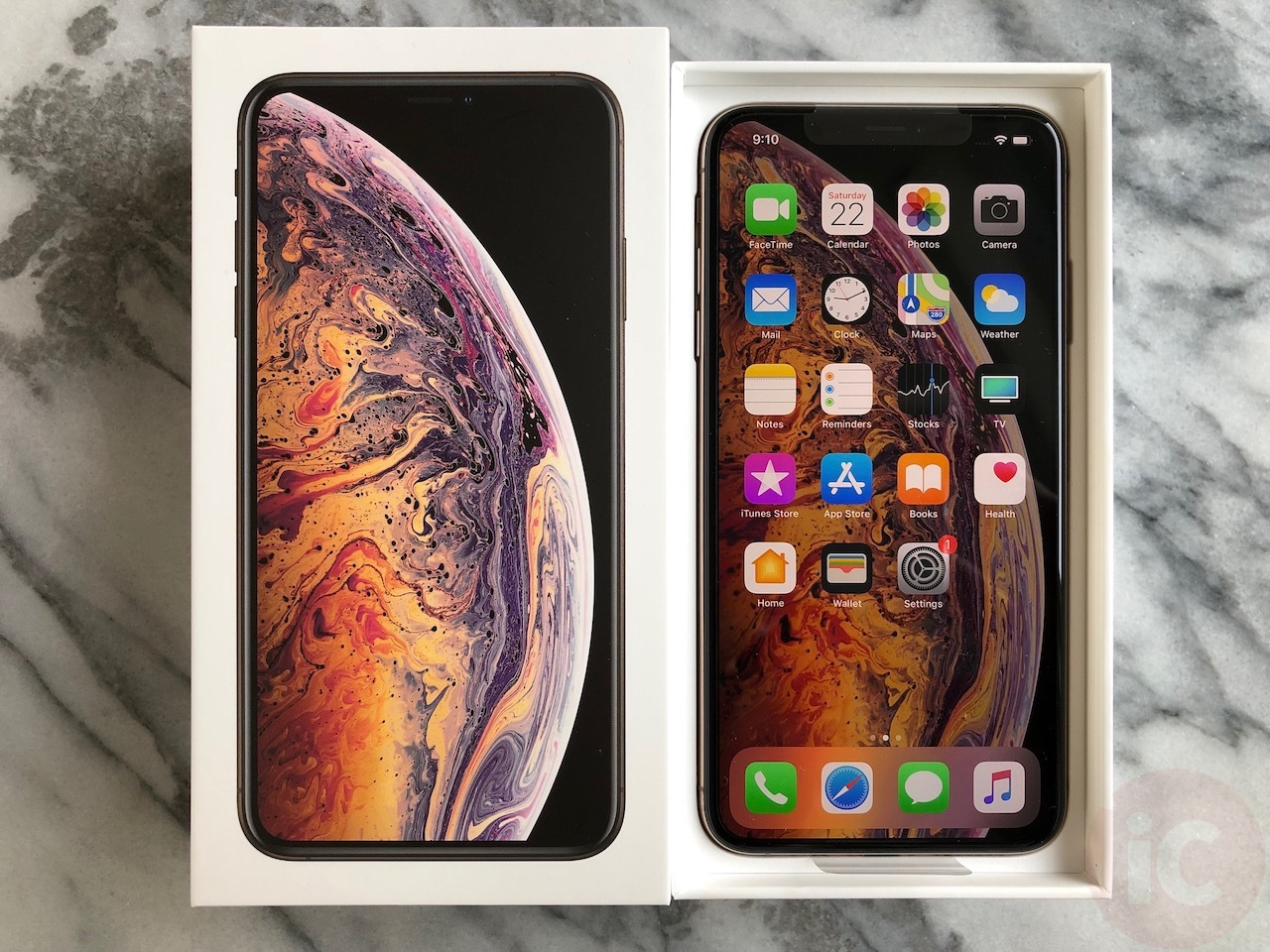 How to change screen orientation on iphone xs max