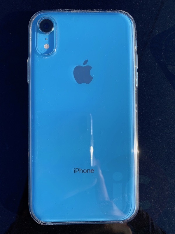 best sneakers 135e8 5a82e Apple's iPhone XR Clear Case Review: Here's What $55 Gets You ...