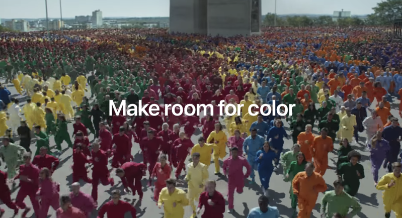 Iphone xr ad make room colour