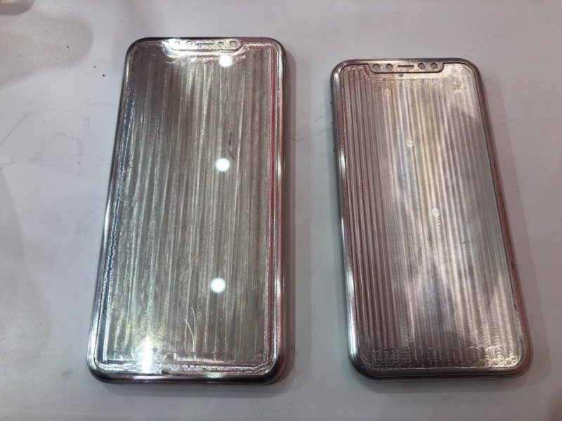 Iphone 11 case mold front