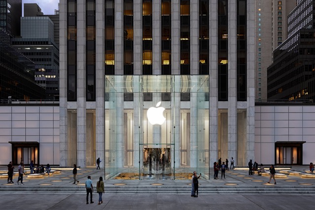 Apple Store fifth avenue new york redesign exterior 091919 big jpg large 2x