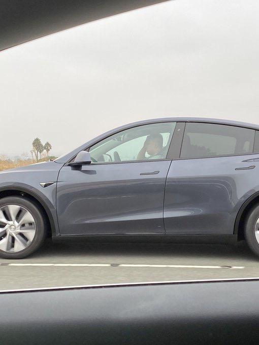 Tesla model y fremont 2