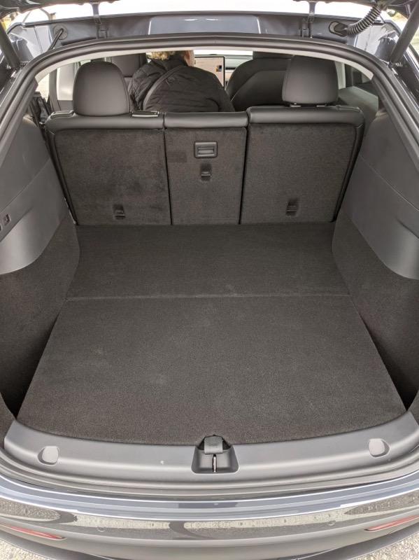 Tesla model y trunk
