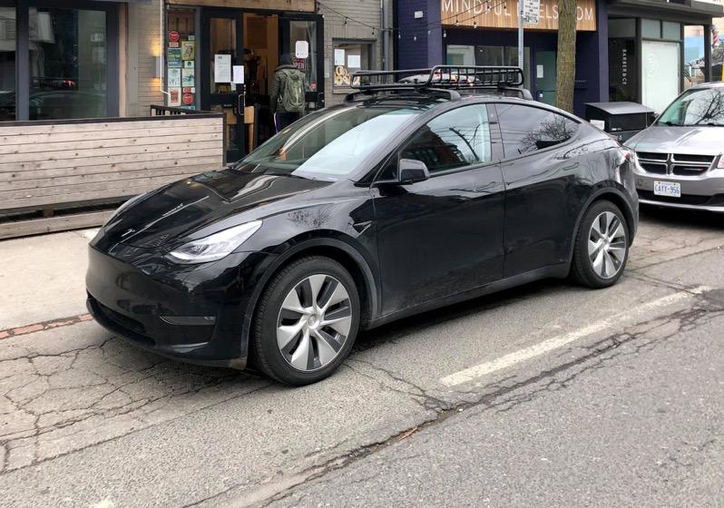 Tesla model y canada 2
