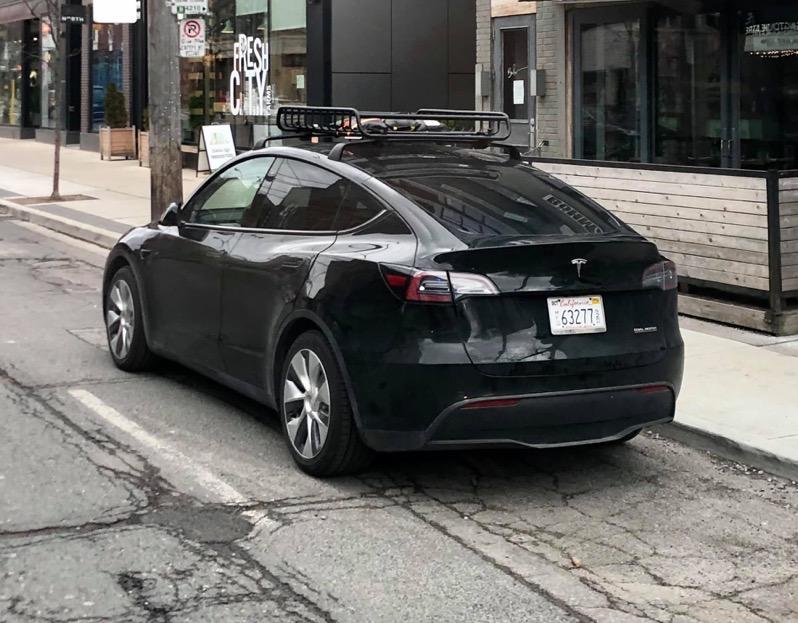 Tesla model y canada 3