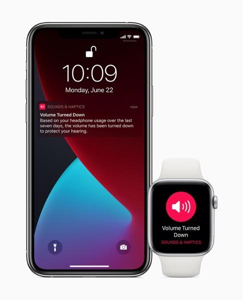 Apple watch watchos7 headphone audio 06222020 inline jpg large 2x