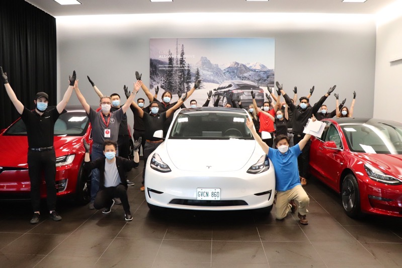 Tesla model y toronto ontario
