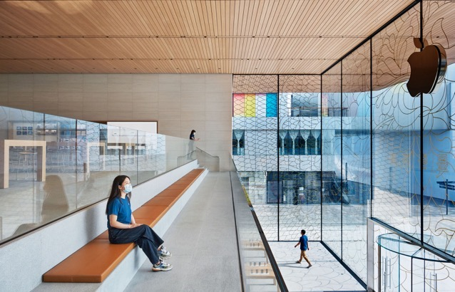 Apple sanlitun beijing opening interior 07162020 big jpg large 2x