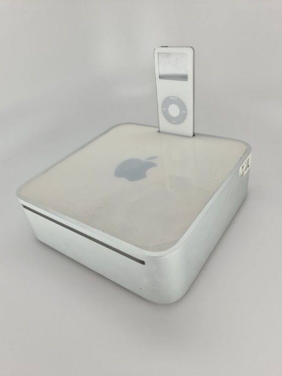 Old Apple Prototype Shows Mac mini with iPod Dock [PICS]