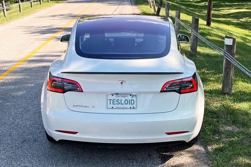 Model3 spoiler low profile2 1 tesloid