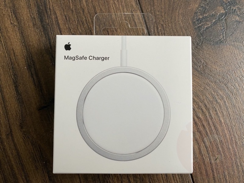Magsafe hands on 1