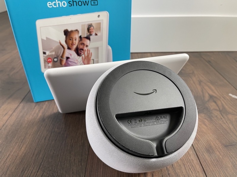 Echo show 10 review6