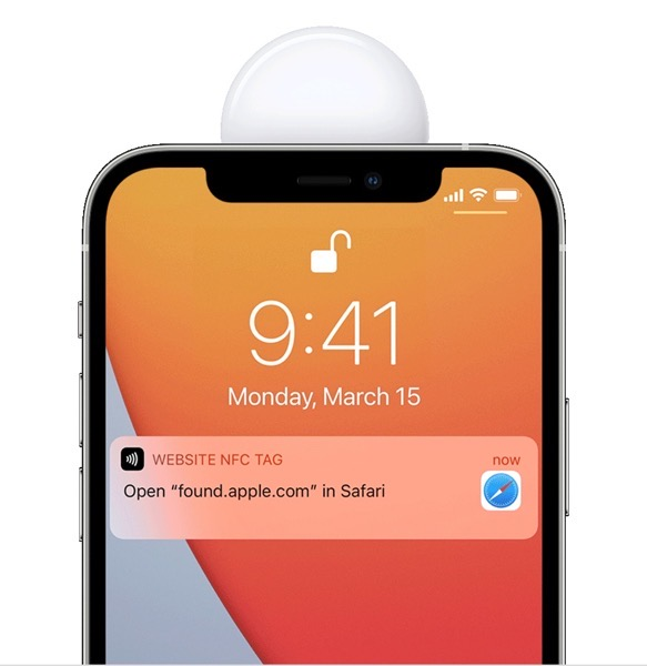 AirTag Siri